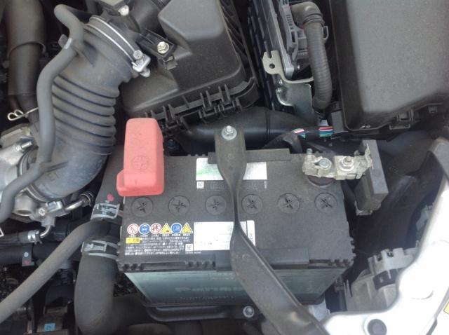 バッテリーが上がった車を放置するとどうなる?自然回復で治るの?