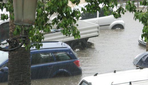 車の水没・浸水の臭いが取れない?車内クリーングや清掃の効果は?