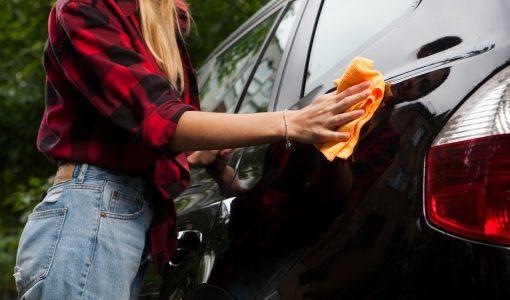 車を売る時には洗車と掃除はするべき?査定アップのポイントは?