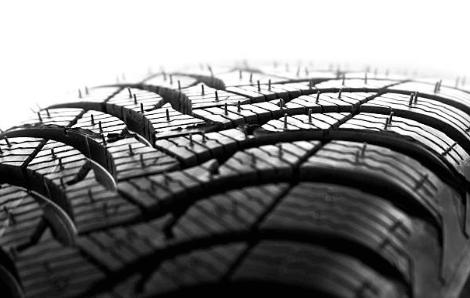 タイヤ ヒゲ