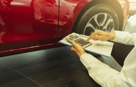 タイヤ 買い替え 費用